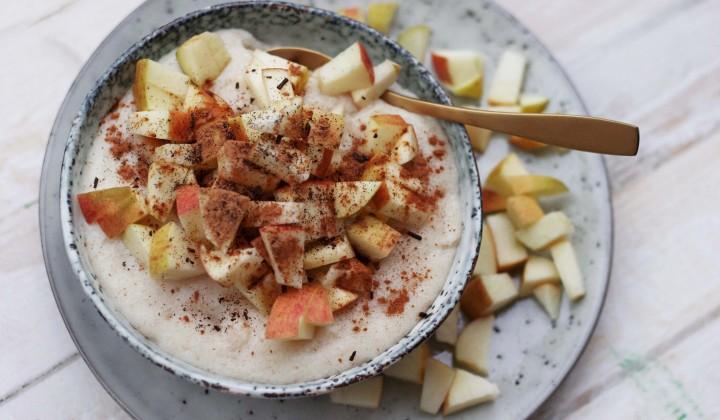 Herbstliches Frühstück: Dinkel-Grießbrei