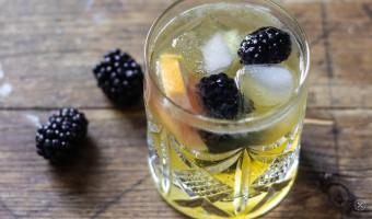 Einfache Cocktails mit Eistee –auf den Sommer!