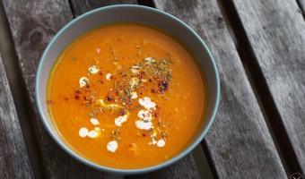 Kürbissuppe mit Ingwer und Karotten